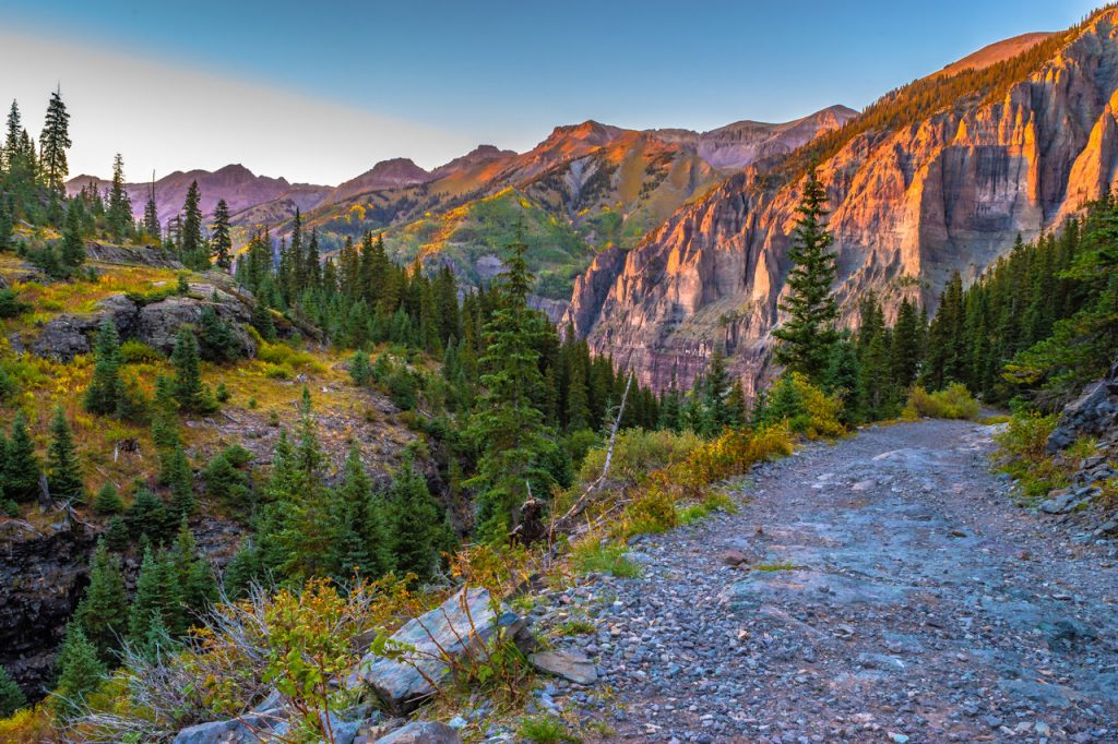 Telluride hike in Ouray, CO | Stay at the Ouray Chalet Inn